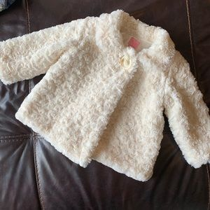 Beautiful faux fur baby jacket size 9-12m
